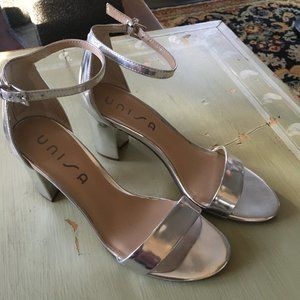 Unisa Silver 2 1/2 Inch Heels 9,Warn Once to Prom